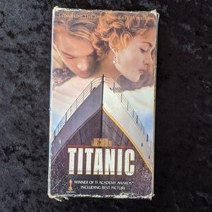 Vintage 1998 Titanic Dual Casette VHS Tape